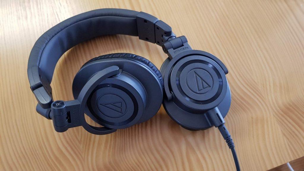 Audio Technica M50x Shure SE315-CL Panasonic RP-NJ300BE Samsung AKG EO-IG955 Apple AirPods